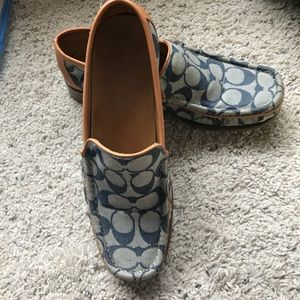 Coach Vintage Signature Loafers made in Italy SZ 9